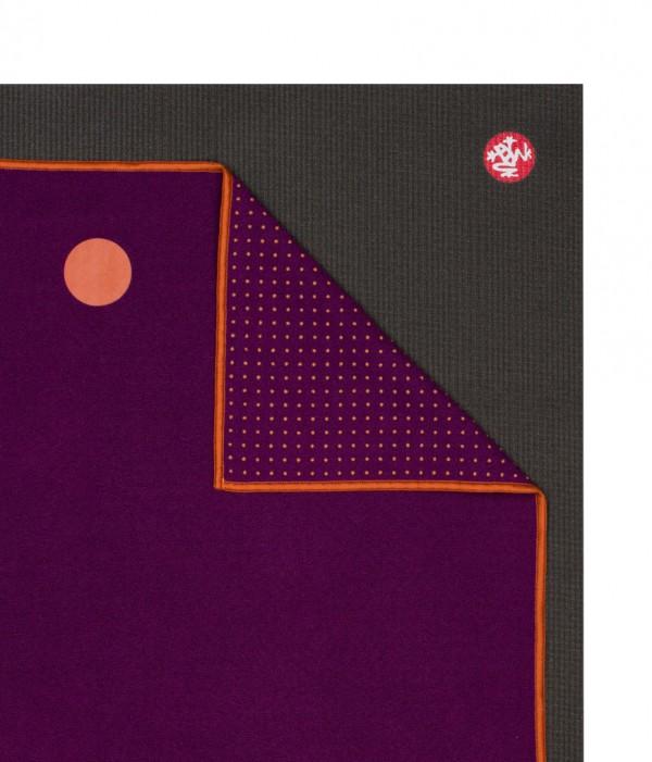 Yoga Towel Chakra: Manduka Yogitoes Chakra Collection (Skidless)